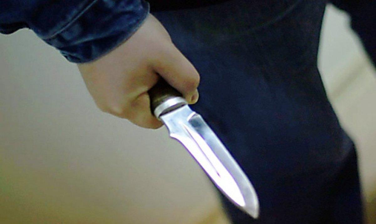 Довезти детей в Кировск помешал вспыльчивый водитель с ножом