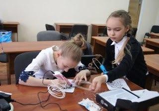 Кировские школьники испытали 3-D ручку