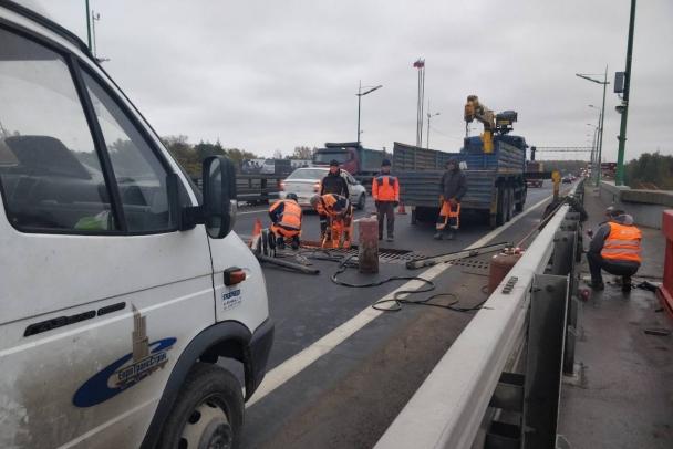 По Ладожскому мосту теперь можно снова гонять!