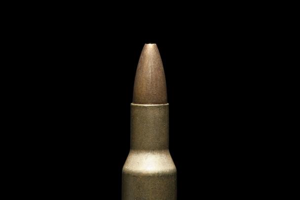 В Отрадном мужчина пришёл к товарищу мириться и умер от выстрела в голову из собственного пистолета