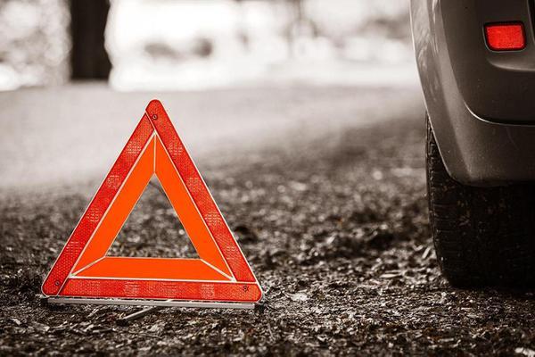Водителя ВАЗа госпитализировали после аварии в Шлиссельбурге
